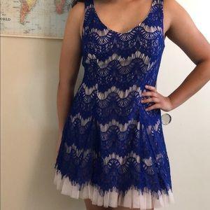 Homecoming dress size 15/16 (runs small)